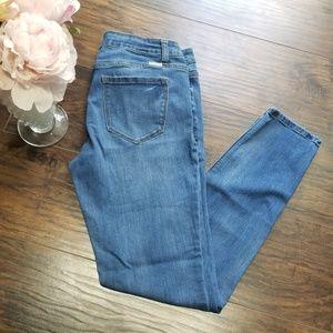 Kancan Jeans Size 30 Style # KC7085M Skinny